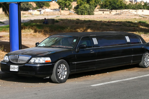 lincoln-prom limo